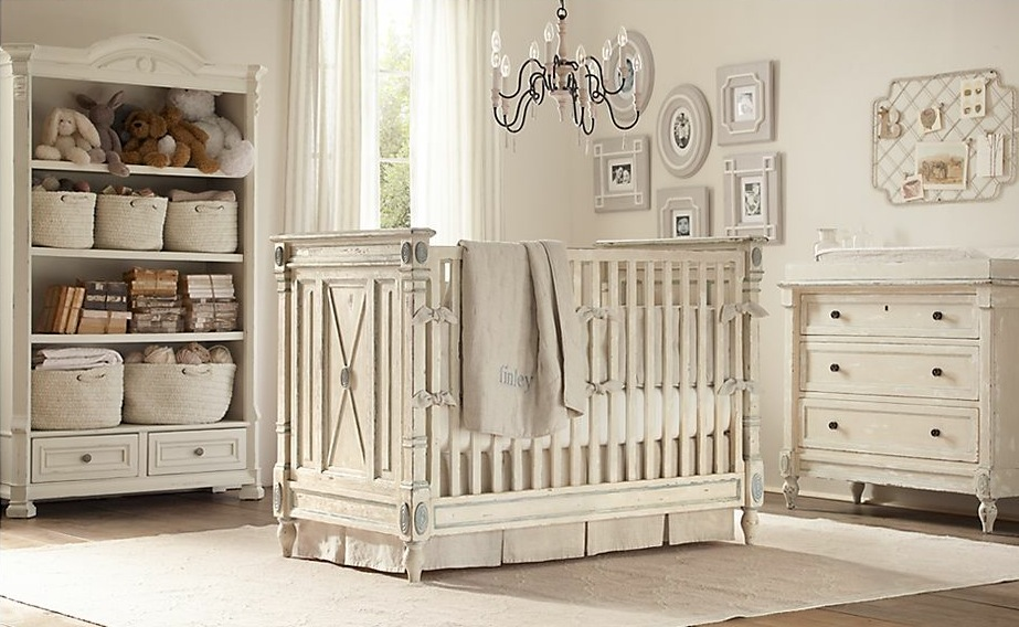 Neutral-baby-room-decoration
